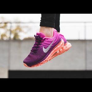 Womens Nike Air Max 2017